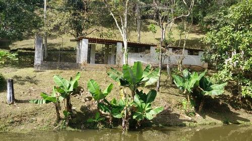 linda chácara c/ lago e piscina/lazer/moradia/refe: 04617