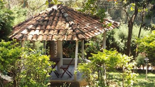linda chácara, casa sede com 2 dormitórios, área de 3.000 m²