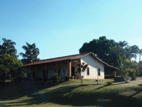 linda chácara com área de 6.000 m², ótima oportunidade !!