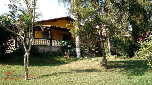 linda chácara com boa localização em bairro de fácil acesso - ch0060
