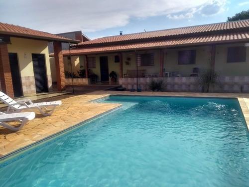 linda chácara com casa e piscina - 902