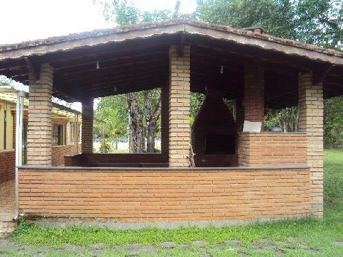 linda chácara com escritura, 2640m², 2 casas e piscina!