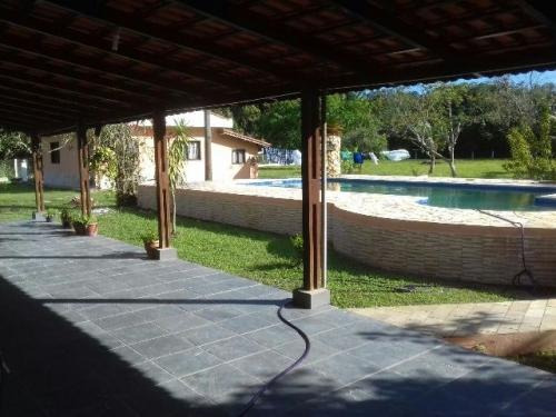 linda chácara com piscina e 3 quartos - ref 0730-p