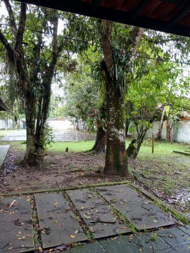 linda chácara com piscina localizada em itanhaém. ref.323