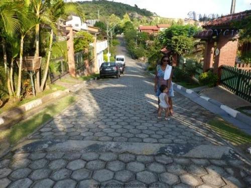 linda chácara em condominio acesso asfalto