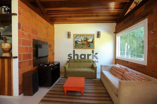 linda chácara em ibiúna - condomínio de alto padrão - ch0099