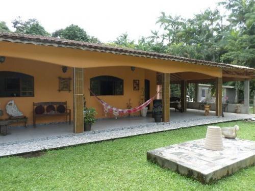 linda chácara em itanhaém, com piscina e 3 dormitórios!!!