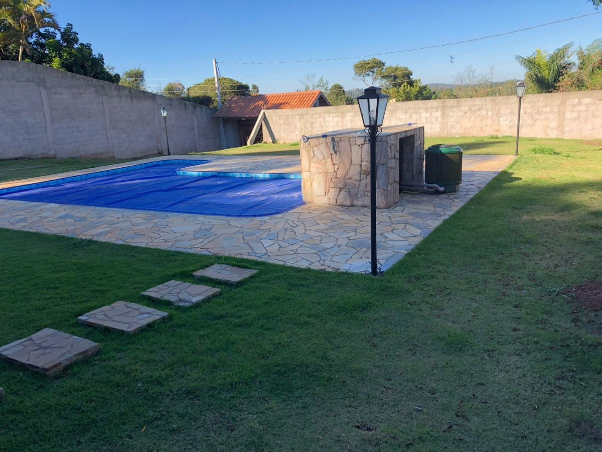 linda chácara ibiúna 1.000 m casa mobiliada piscina aquecida