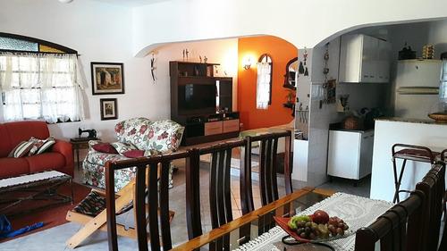linda chácara ibiúna em condomínio 1.000 mts casa e piscina