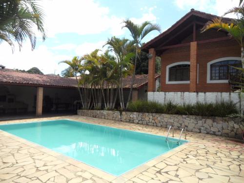 linda chácárona em ibiúna; 2.800m2 piscina, campo de futebol
