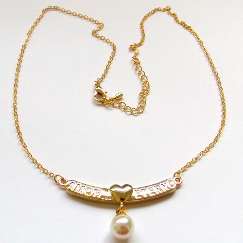 linda e delicada correntinha com pingente banhados a ouro.