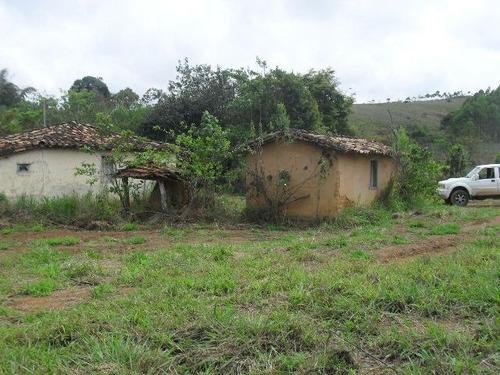 linda fazenda em capitólio mg, a 7 km do centro - ref 3954
