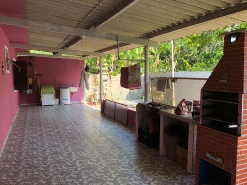 linda mini chácara c/ 2 dormitórios em itanhaém-sp! confira!
