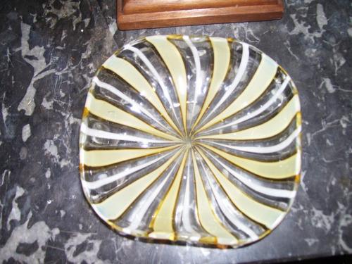 linda peça de  mesa murano