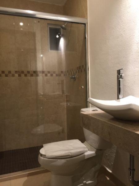 linda, punta esmeralda vista espectacular, 3 recámaras, 4 baños, estudio, jardín