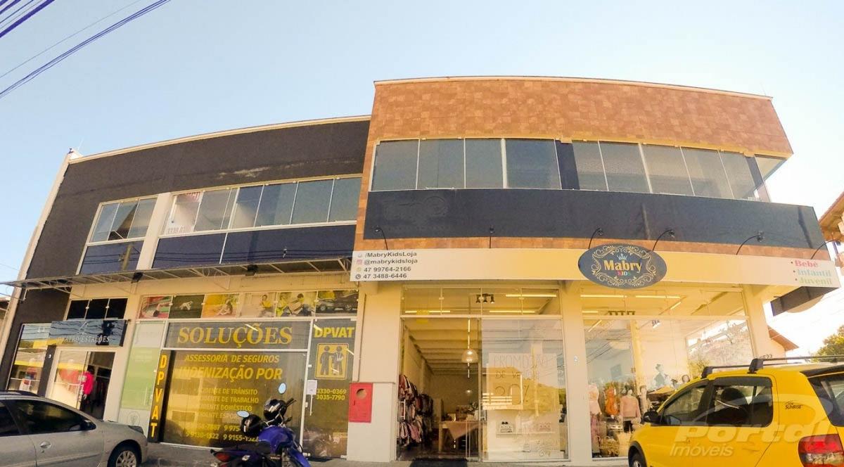 linda sala comercial no bairro velha central, estacionamento para clientes. - 3574629l