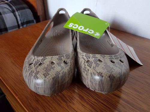 lindas crocs para dama