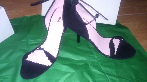 lindas sandalias de taco,marca zara
