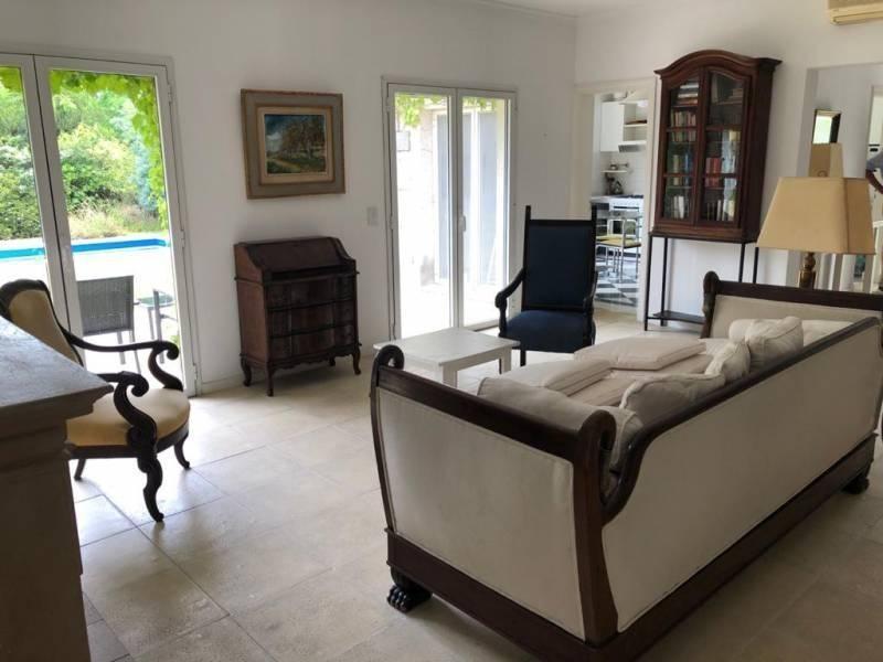 lindísima casa en glorietas con muebles!