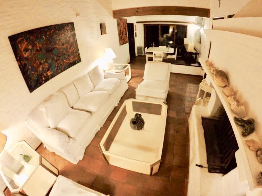 lindísima casa en la barra a 50 mts de la playa
