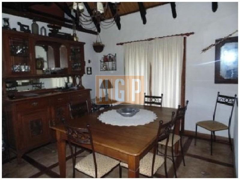 lindisima casa lindo entorno muy buen precio-ref:22560