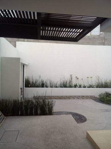 lindisima residencia nueva de 250 m2 de terreno y 267 m2 de construcción. gánela