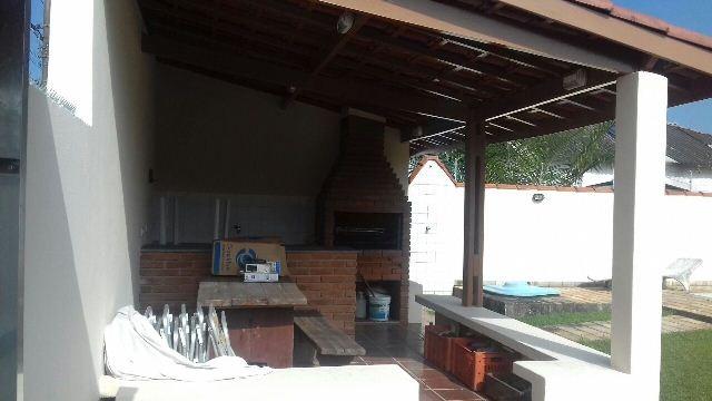 lindíssima casa com piscina, no jardim sabaúna, em itanhaém.