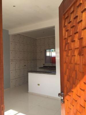 lindíssima casa nova sobreposta, no balneário tupy