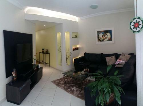 lindíssimo apartamento na quadra mar com 4 dormitórios sendo 2 suítes,venha desfrutar suas férias na melhor localização de meia praia itapema sc - 1301