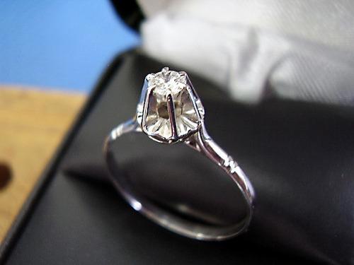 lindissimo ******solitario  de diamante , ouro branco !