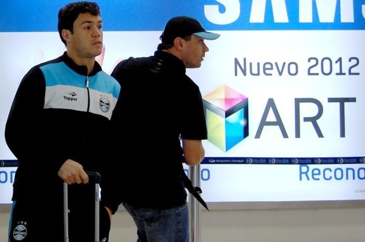 8a49370c97 Lindo!!! Abrigo Grêmio Oficial - Topper - 2012 - Tam. M - R  149