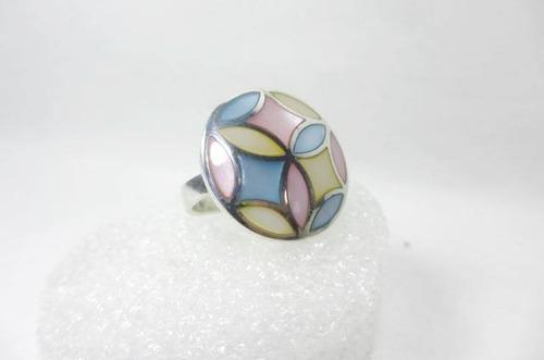 lindo anillo de plata 925 con nacares naturales talla 5.5