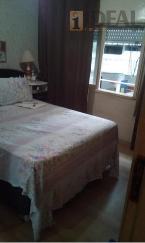 lindo apartamento ,02 qtos+dep. empregada completa,sala 02 amb.,sacada a 50mts da praia. aquário municipal - ap2484