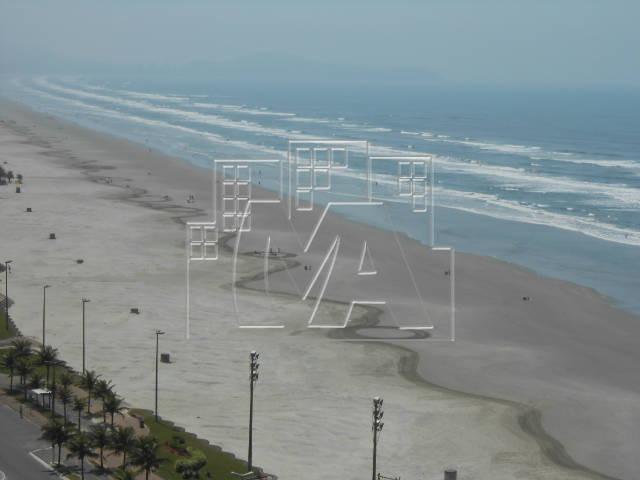 lindo apartamento com 2 sacadas frente a praia com 2 sacadas e praia grande na vila caiçara