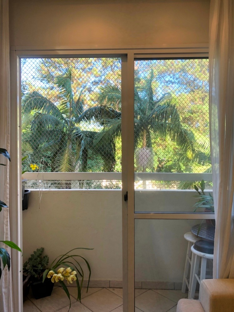 lindo apartamento com vista para a natureza