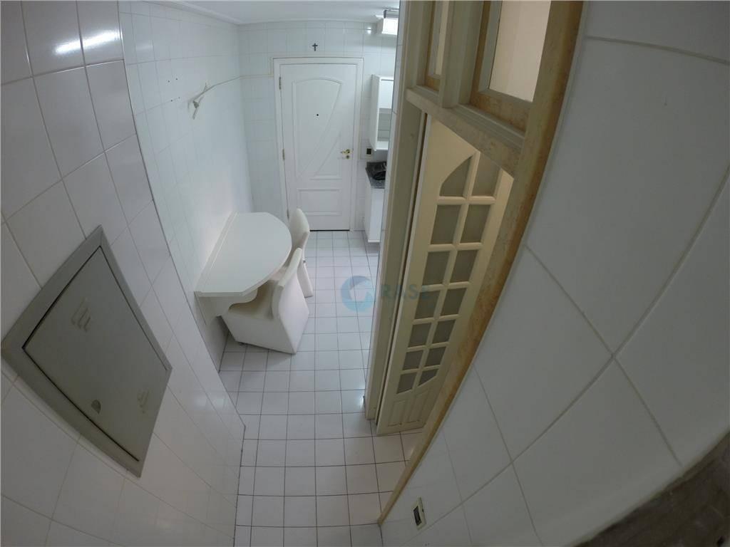 lindo apartamento de 119 m² todo reformado. ótima localização. - ap0008