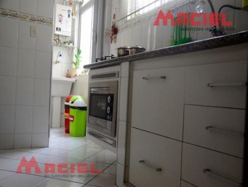 lindo apartamento de 3 dormitórios e cozinha planejada