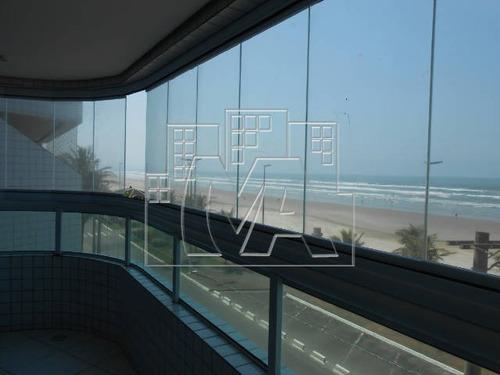lindo apartamento em praia grande com 2 sacadas , frente a praia , lazer completo e financiamento bancário