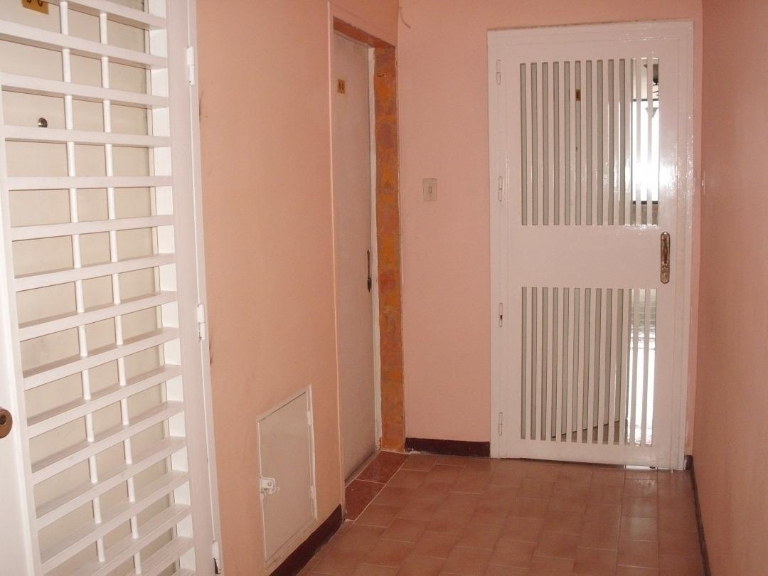lindo apartamento en av. lisandro alvarado, valencia