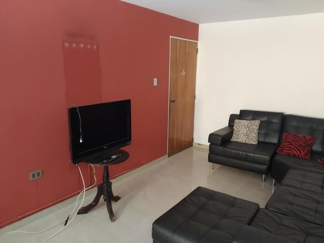 lindo apartamento en guaicamacuto maracay 20-12409