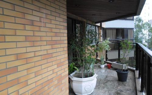 lindo apartamento no panamby em rua tranquila e arborizada!! agende sua visita!!