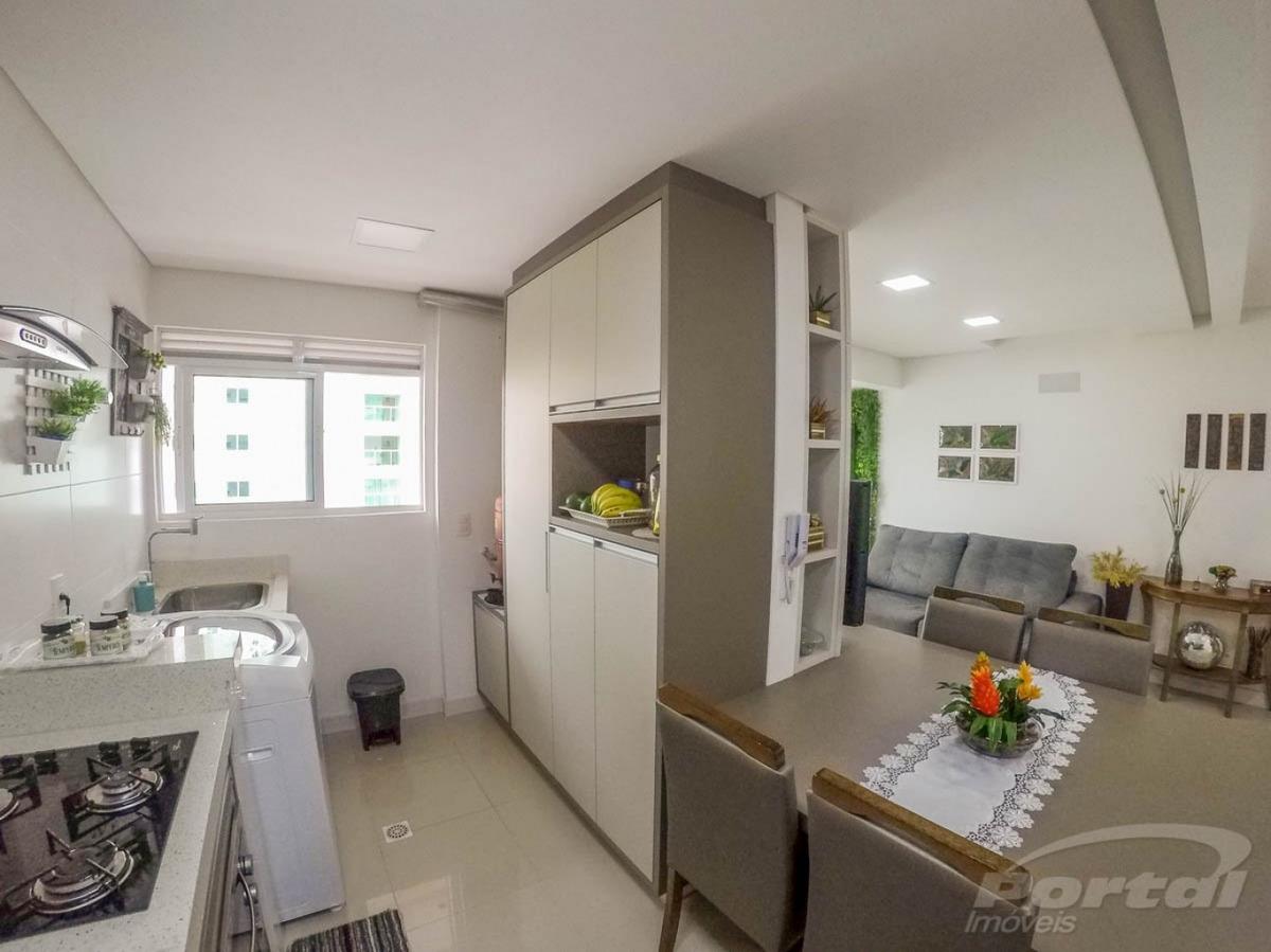 lindo apartamento no residencial xangai, com 2 dormitórios sendo uma suite e 2 vagas de garagem laterais.  - 3579807