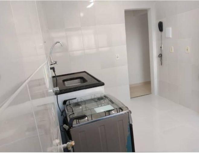 lindo apartamento, todo reformado, próximo supermercado guanabara, sala, 2 quartos, banho, cozinha, área e 1 vaga. - ap5649