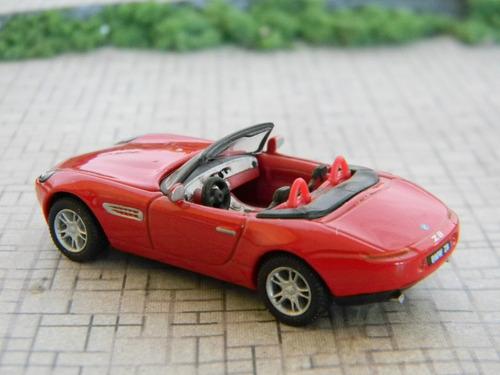 lindo automóvel bmw z8 escala 1:72 schuco