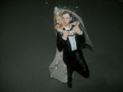 lindo casal de noivinhos topo de bolo