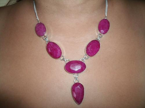 lindo colar em prata com enormes  pedras de rubi natural