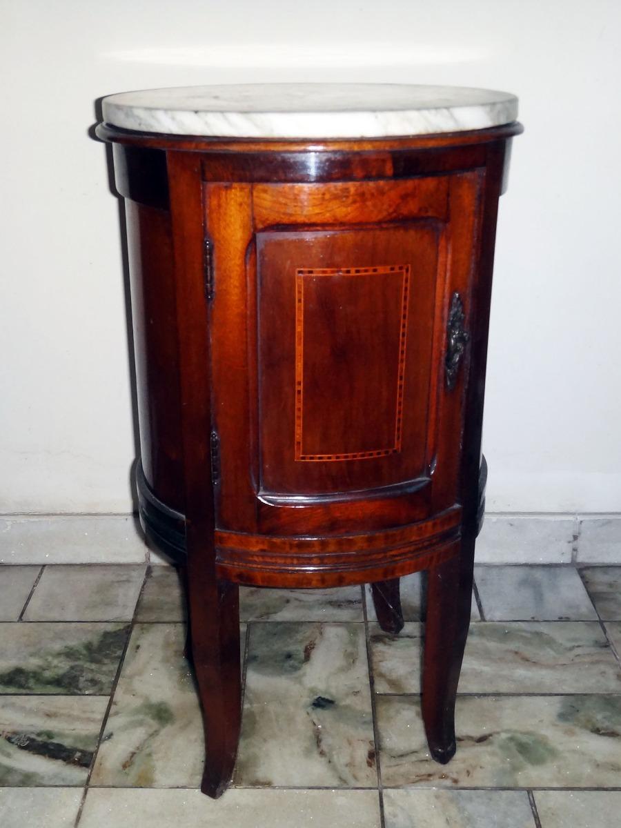 Lindo Criado Mudo Oval Antigo Em Madeira Década De 50 60 - R  980 bff35194d10f5