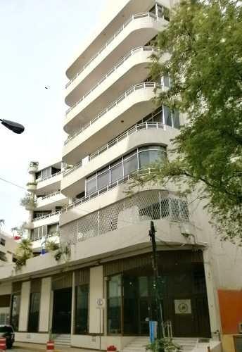 lindo departamento en acapulco al lado de plaza galerías