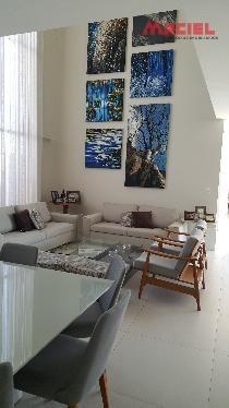 lindo e moderno sobrado - residencial jaguari