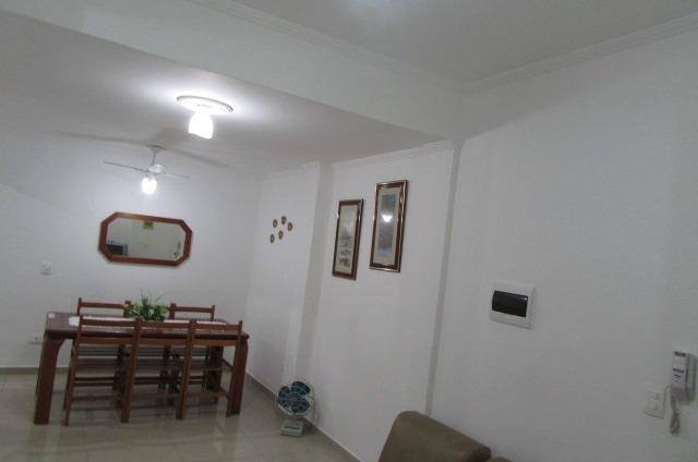 lindo kitão reformado prédio frente mar de 1 dormitório